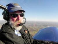 INVENTION : Aveugle pilote d'avion, une pratique unique en France