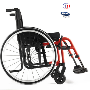 Compact-attract : fauteuil roulant pliable